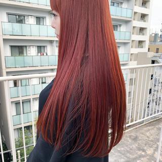 ピンク ストレート ナチュラル ロング ヘアスタイルや髪型の写真・画像