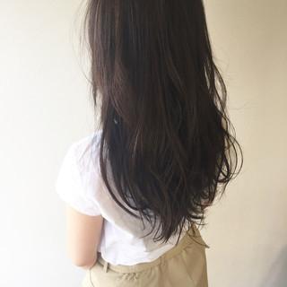 透明感 ロング アッシュ 外国人風 ヘアスタイルや髪型の写真・画像 ヘアスタイルや髪型の写真・画像