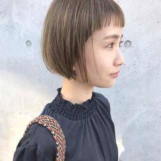 切りっぱなし 透明感 大人かわいい ナチュラル ヘアスタイルや髪型の写真・画像