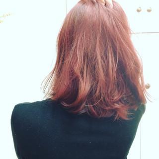 ガーリー ピンク レッド 外国人風 ヘアスタイルや髪型の写真・画像