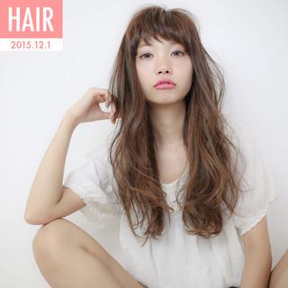 フェミニン 大人かわいい ゆるふわ ストレート ヘアスタイルや髪型の写真・画像