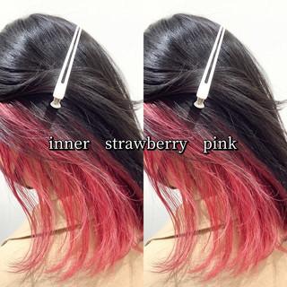 インナーピンク ヘアカラー ピンク ナチュラル可愛い ヘアスタイルや髪型の写真・画像