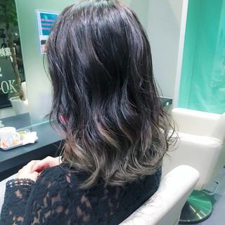 波ウェーブ ゆるふわ ミディアム フェミニン ヘアスタイルや髪型の写真・画像