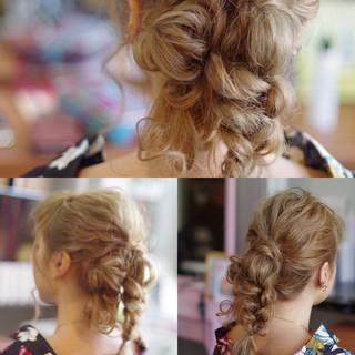 大人女子 セミロング ガーリー ヘアアレンジ ヘアスタイルや髪型の写真・画像