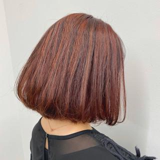 ロング ミニボブ ピンクカラー チェリーピンク ヘアスタイルや髪型の写真・画像
