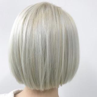ホワイト ホワイトアッシュ ブリーチ ストリート ヘアスタイルや髪型の写真・画像