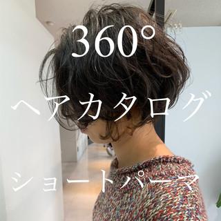 ショートパーマ ゆるふわパーマ ナチュラル 大人ヘアスタイル ヘアスタイルや髪型の写真・画像