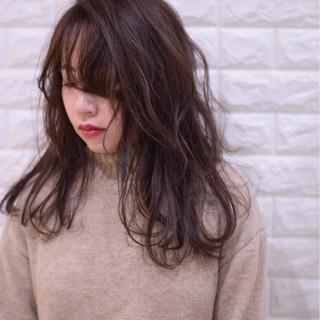 デート セミロング 簡単ヘアアレンジ アンニュイほつれヘア ヘアスタイルや髪型の写真・画像