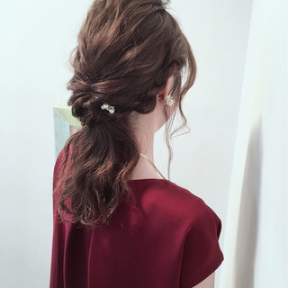 上品 ヘアアレンジ セミロング エレガント ヘアスタイルや髪型の写真・画像