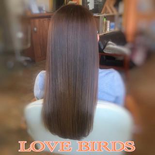 ロング 髪質改善 フェミニン 美髪 ヘアスタイルや髪型の写真・画像