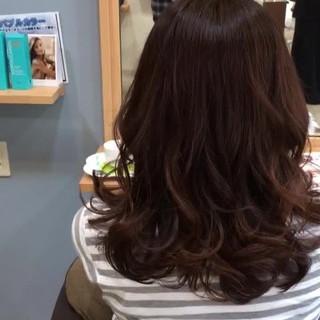 ミディアム 透明感 モテ髪 フェミニン ヘアスタイルや髪型の写真・画像