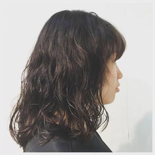 ナチュラル パーマ 黒髪 色気 ヘアスタイルや髪型の写真・画像