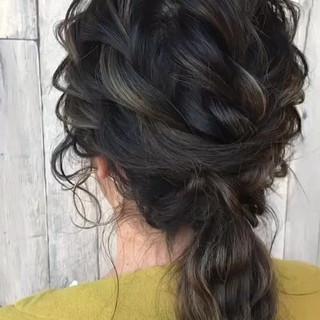 編み込み ナチュラル 結婚式 ヘアアレンジ ヘアスタイルや髪型の写真・画像