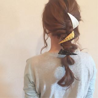 ゆるふわ ルーズ ねじり 三つ編み ヘアスタイルや髪型の写真・画像