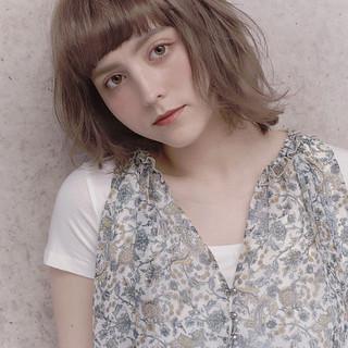 フェミニン ボブ デート アンニュイほつれヘア ヘアスタイルや髪型の写真・画像