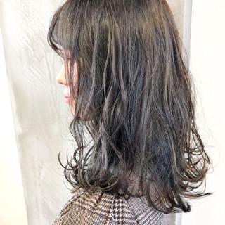 ミディアム 表参道 ヘアアレンジ グレージュ ヘアスタイルや髪型の写真・画像