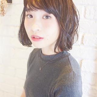 おフェロ ボブ 秋 フェミニン ヘアスタイルや髪型の写真・画像