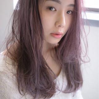 ベリーピンク ピンク ロング フェミニン ヘアスタイルや髪型の写真・画像