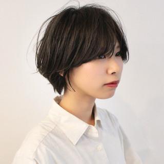 大人ショート ショートヘア ナチュラル 小顔ショート ヘアスタイルや髪型の写真・画像