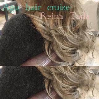 上品 ロング グレー くすみカラー ヘアスタイルや髪型の写真・画像