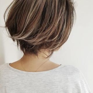 ナチュラル ハイライト 抜け感 大人かわいい ヘアスタイルや髪型の写真・画像