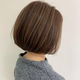 ボブ ショートヘア ショートボブ 切りっぱなしボブ ヘアスタイルや髪型の写真・画像