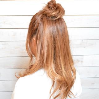 ヘアアレンジ メッシーバン 抜け感 セミロング ヘアスタイルや髪型の写真・画像