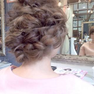ロング 編み込み ナチュラル ルーズ ヘアスタイルや髪型の写真・画像 ヘアスタイルや髪型の写真・画像