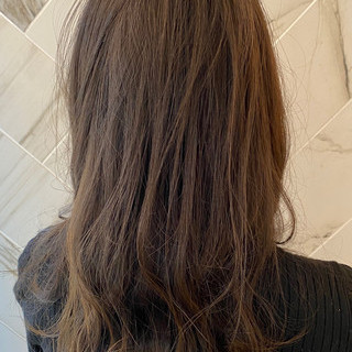 アンニュイ 銀座美容室 大人ハイライト ナチュラル ヘアスタイルや髪型の写真・画像