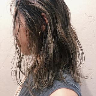 ヘアアレンジ 切りっぱなしボブ 大人かわいい ストリート ヘアスタイルや髪型の写真・画像