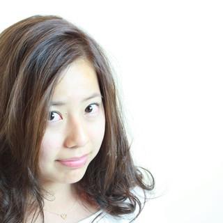 コンサバ ゆるふわ セミロング フェミニン ヘアスタイルや髪型の写真・画像