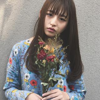 セミロング ゆるふわ 外国人風 ストレート ヘアスタイルや髪型の写真・画像
