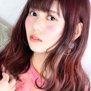 ミディアム ラズベリーピンク ヘアカラー ナチュラル可愛い ヘアスタイルや髪型の写真・画像