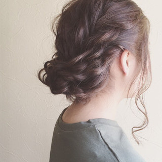 成人式 フェミニン シニヨン 大人かわいい ヘアスタイルや髪型の写真・画像
