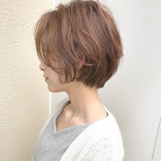 ショート ナチュラル 大人女子 パーマ ヘアスタイルや髪型の写真・画像 ヘアスタイルや髪型の写真・画像