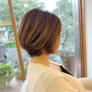 前下がり ハンサムショート  可愛い ヘアスタイルや髪型の写真・画像