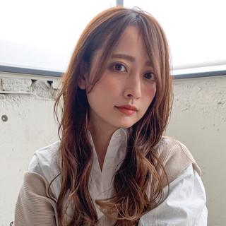 デジタルパーマ ナチュラル シースルーバング 前髪あり ヘアスタイルや髪型の写真・画像