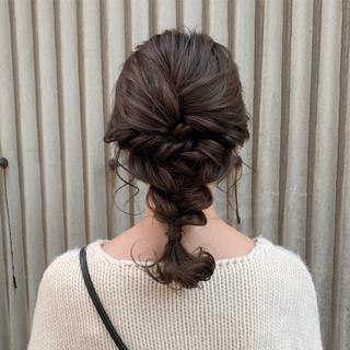 ナチュラル ヘアアレンジ ミディアム 編みおろし ヘアスタイルや髪型の写真・画像