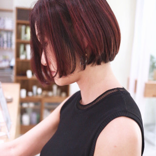 ボブ 赤髪 ミニボブ ハイライト ヘアスタイルや髪型の写真・画像