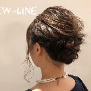 デート 簡単ヘアアレンジ オフィス 結婚式 ヘアスタイルや髪型の写真・画像 ヘアスタイルや髪型の写真・画像