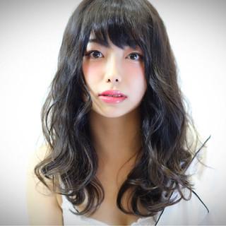セミロング かわいい 上品 大人かわいい ヘアスタイルや髪型の写真・画像