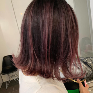 外国人風 ボブ ラベンダーピンク ピンク ヘアスタイルや髪型の写真・画像