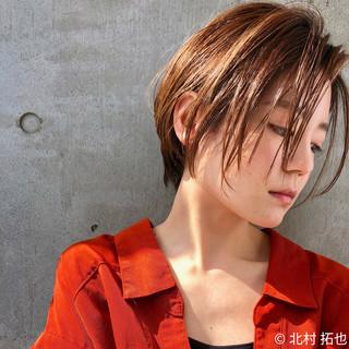ヌーディベージュ ショート ショートヘア シアーベージュ ヘアスタイルや髪型の写真・画像
