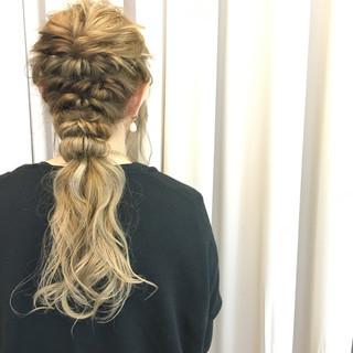アッシュ 簡単ヘアアレンジ グラデーションカラー ロング ヘアスタイルや髪型の写真・画像 ヘアスタイルや髪型の写真・画像