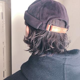 アウトドア パーマ ストリート ショートボブ ヘアスタイルや髪型の写真・画像