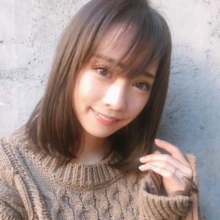 大人かわいい アンニュイほつれヘア デジタルパーマ ミディアム ヘアスタイルや髪型の写真・画像