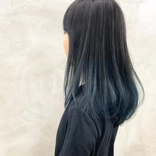 デザインカラー ナチュラル ブルーグラデーション グレージュ ヘアスタイルや髪型の写真・画像