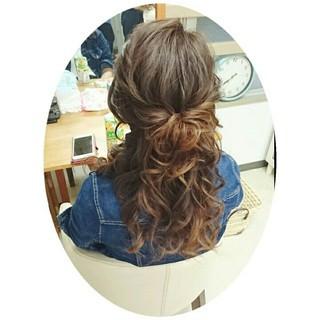 ねじり ルーズ ヘアアレンジ ミディアム ヘアスタイルや髪型の写真・画像