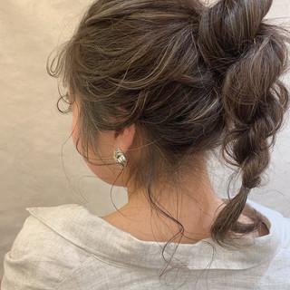 ヘアアレンジ フェミニン セミロング デート ヘアスタイルや髪型の写真・画像