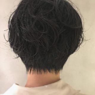 ショートパーマ 黒髪ショート ナチュラル パーマ ヘアスタイルや髪型の写真・画像
